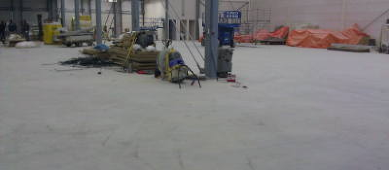 Verstoffende betonvloer, verstoffende vloeren herstellen, beton impregneren