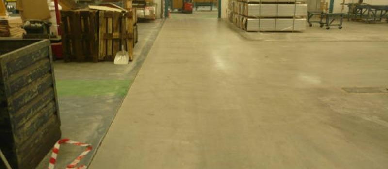 Na de renovatie door Moru heeft de gebruiker weer een optimaal bruikbare betonvloer