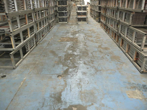 Coating verwijderen van betonvloeren en andere oppervlakken